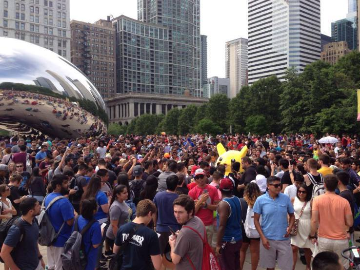 pokemon-go-chicago-crowd.jpg